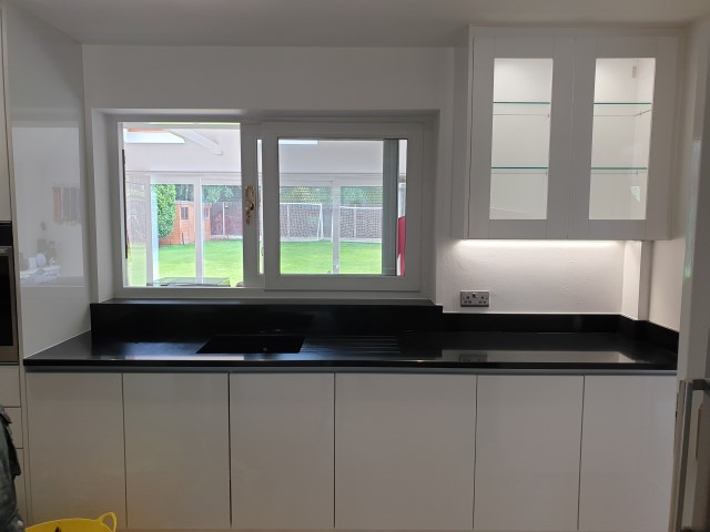 QUARTZ WORKTOPS FITTED